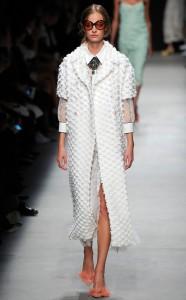 Rochas-Paris-Fashion-Week-Best-Looks.jl.093015[1]